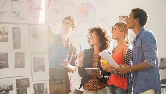 Aprendizaje de inglés organizacional: competitividad del mercado