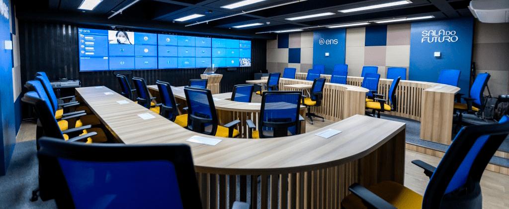 Escola de Negócios e Seguros migra mas de 150 cursos en tiempo record con Open LMS